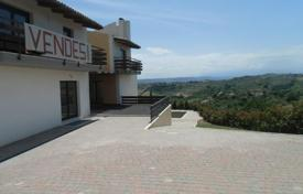Houses with pools for sale in Montesilvano. Property in Montesilvano, Pescara. Italy