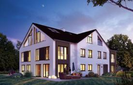 Luxury 3 bedroom houses for sale in Central Europe. New modern house with a garden and a garage in the prestigious area of Pullach im Isartal, Munich, Germany