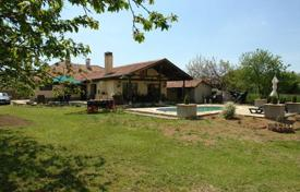 Residential for sale in Ruza. Villa – Ruse (city), Ruza, Bulgaria