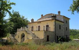 Residential for sale in Abruzzo. Furnished ancient villa with panoramic views, surrounded by woods, at the foot of the Majella Mountains, in Abbateggio, Italy