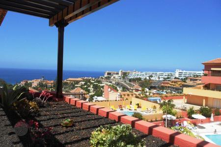 Property for sale in La Caleta. Apartment – La Caleta, Canary Islands, Spain