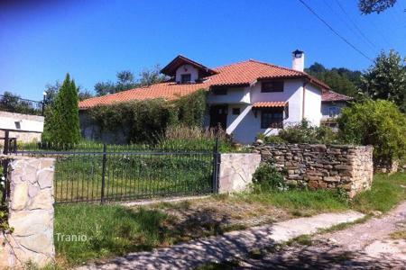 4 bedroom houses for sale in Bulgaria. Detached house – Kravenik, Gabrovo, Bulgaria
