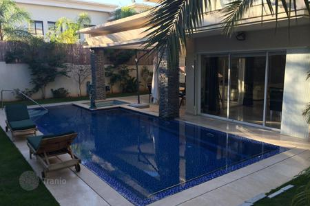 Coastal houses for sale in Caesarea. Villa – Caesarea, Haifa District, Israel