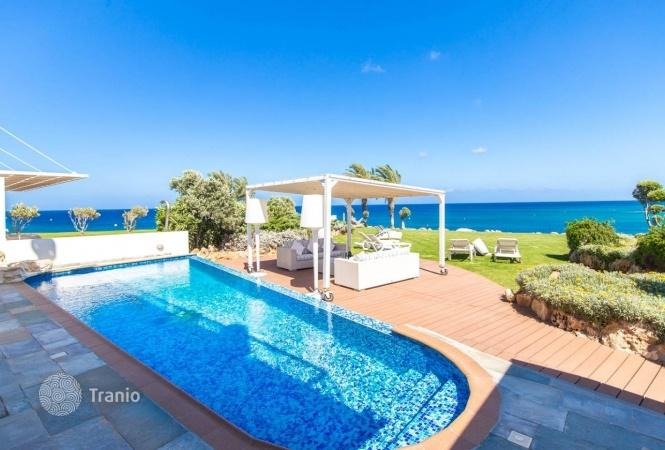Padua rent a cottage by the sea