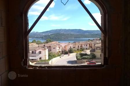 Coastal residential for sale in Sardinia. Villa – Cannigione, Sardinia, Italy
