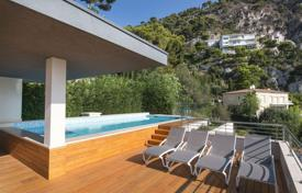 New luxury villa with a view of the sea and a swimming pool in the heart of Villefranche-sur-Mer, France for 9,000,000 €