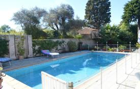 4 bedroom villas and houses by the sea to rent overseas. Villa – Antibes, Côte d'Azur (French Riviera), France
