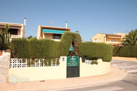 Cheap residential for sale in L'Alfàs del Pi. Chalet – L'Alfàs del Pi, Valencia, Spain