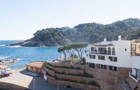 5 bedroom houses for sale in Begur. Unique villa on the cliff, with a terrace and views of the sea and the lighthouse, Begur, Spain