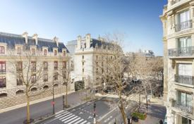 5 bedroom apartments for sale in Paris. Paris 4th District — Boulevard Henri 4