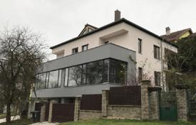 5 bedroom houses for sale in the Czech Republic. Villa – Praha 6, Prague, Czech Republic