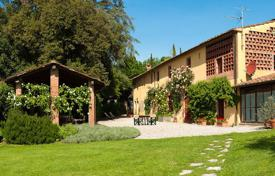 5 bedroom villas and houses to rent in Capannori. Villa – Capannori, Tuscany, Italy