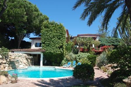 Luxury chalets for sale in Costa Blanca. Detached Villa — Orihuela Costa