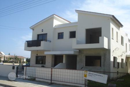 Townhouses for sale in Kiti. Three Bedroom Link Detached House-Reduced