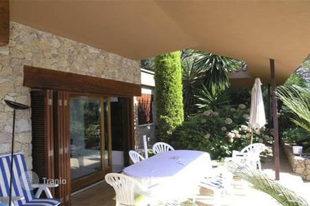 5 bedroom houses by the sea for sale in Costa Brava. House Costa Brava