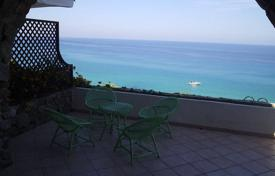 3 bedroom houses by the sea for sale in Calabria. Villa in a residential complex with a pool, Parghelia, Calabria, Italy