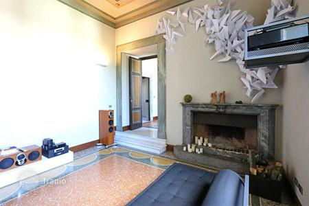 Luxury 2 bedroom apartments for sale in Italy. Exclusive luxury apartment in the area of Ponte Milvio, a high society district of Rome, is located on the 5th lower floor