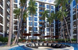 Cheap residential for sale in Southeastern Asia. New apartment in the center of Pattaya, Thailand. Full-service residential complex with a large swimming pool, a restaurant and a spa