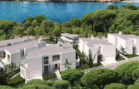 Off-plan residential for sale in Spain. Five 439 m² villas project, located only two minutes from Cala Llenya beach