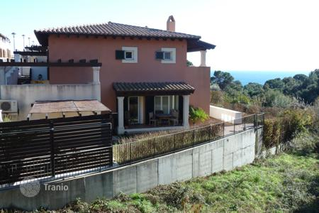 Houses for sale in Tossa de Mar. Villa – Tossa de Mar, Catalonia, Spain