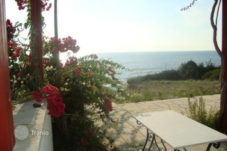 Houses for sale in Maroni. Four Bedroom Beachfront Villa
