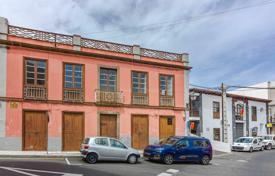 Historic two-storey house in the center of Guimar, Tenerife, Spain for 450,000 €