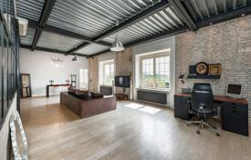 2 bedroom apartments for sale in Rome. Peculiar design loft in the Mulini Biondi industrial archeology area