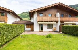Property for sale in Central Europe. Two-storey cottage with a terrace, a balcony and a garden, in a quiet village with a view to the mountains, Piesendorf, Austria