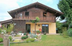 Houses for sale in Germany. House with a large plot, Holzkirchen, Germany