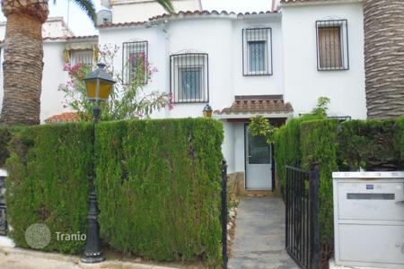 Cheap townhouses for sale in Denia. Terraced house – Denia, Valencia, Spain