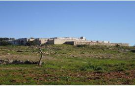 Agricultural land for sale in Gallipoli. Farm in a coastal zone overlooking Gallipoli's gulf, Apulia