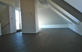 Penthouses for sale in Vienna. Duplex penthouse in a new house with garden and parking in Döbling, Nussdorf, Vienna