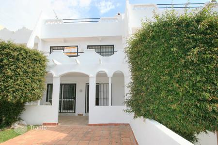 Cheap townhouses for sale in Andalusia. Terraced house - Marbella, Andalusia, Spain