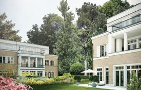Luxury 3 bedroom apartments for sale in Germany. Designer 3-bedroom flat with balcony in exclusive Berlin-Grunewald