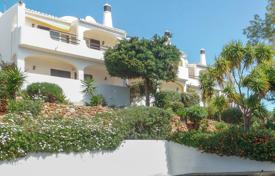 2 Bedroom Townhouse with Communal Pool and sea views, Carvoeiro for 339,000 $