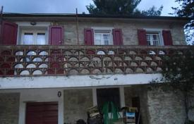 2 bedroom houses for sale in Tuscany. Traditional Tuscany house in Riparbella, Pisa, Italy
