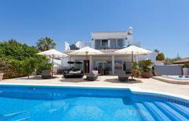 6 bedroom villas and houses by the sea to rent in Costa del Sol. Villa – Malaga, Andalusia, Spain