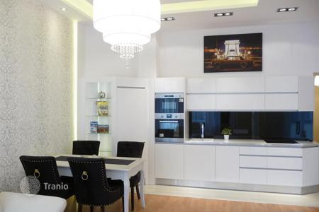 2 bedroom apartments for sale in Hungary. New furnished apartment with a balcony, in a renovated residence, near the park, in the 13th district of Budapest, Hungary