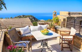 Bank repossessions property in Southern Europe. Stylish, historic Country House, panoramic sea views, recently restored by its architect/owner, 5 rooms, 2 bedrooms, 2 baths, courtyard