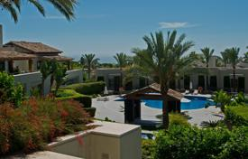 Apartments with pools for sale in Marbella. Apartment for sale in Imara, Marbella Golden Mile