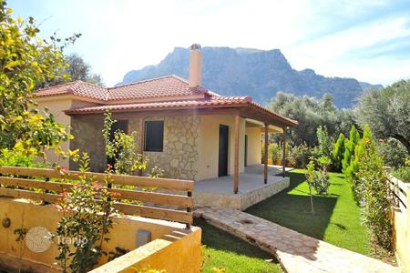 2 bedroom houses for sale in Diakopto. Detached house – Diakopto, Administration of the Peloponnese, Western Greece and the Ionian Islands, Greece