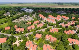 Terraced house – Butjadingen, Lower Saxony, Germany for 4,500 $ per week