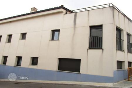 Foreclosed 3 bedroom apartments for sale in Catalonia. Apartment – Sant Llorenç d'Hortons, Catalonia, Spain