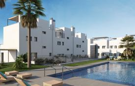 Cheap townhouses for sale in Andalusia. Sea view apartment with terrace, in a residence with swimming pool and garage, near the beach, in Benalmadena, Malaga, Spain