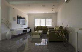 3 bedroom apartments for sale in Netanya. Modern apartment after repair, near the park in Netanya, Israel