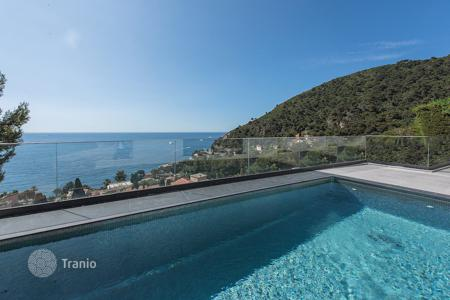 Property for sale in Èze. Eze — New contemporary villa