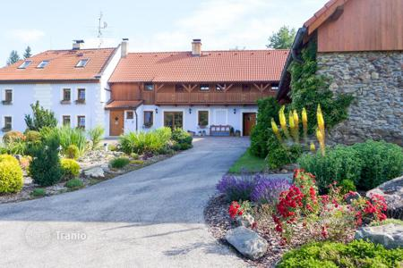 Houses for sale in South Bohemian Region. Family homestead for a sale near Lipno in South Bohemia