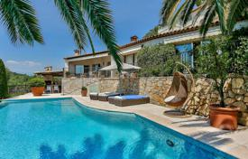 Luxury 4 bedroom houses for sale in Le Cannet. Heights of Cannes — Panoramic Sea View