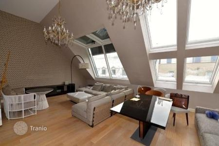Luxury apartments for sale in Austria. Comfortable penthouse with terrace in the 9th district of Vienna, Austria