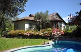 Luxury houses with pools for sale in Central Europe. Villa – Origlio, Ticino, Switzerland